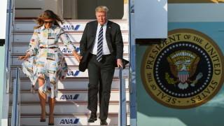 Да се лети с Тръмп на борда на Air Force One е като да си държан в плен