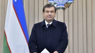 Шавкат Мирзийоев печели президентските избори в Узбекистан