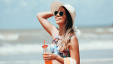 Лятото, слънцето и храните, които ни предпазват от вредното му влияние