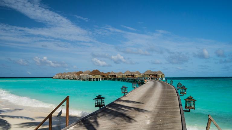 Курорт на Малдивите предлага пакет от $30 хиляди за целогодишна почивка