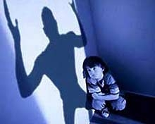 Полицаи обсъдиха с граждани проблема за домашното насилие