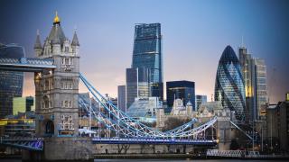 Най-големите британски компании поскъпнаха с почти £50 милиарда след изборите