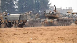 Десетки турски танка и БТР-а навлязоха в Сирия