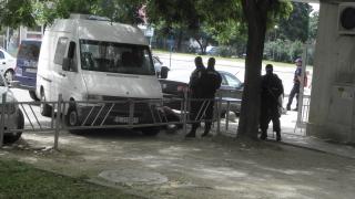 15 задържани при полицейска операция в Бургас