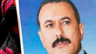 Атакуваха кортежа на йеменския президент