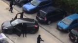 В Марсилия маскирани стреляха с Калашников