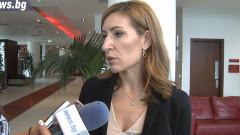 7% повече туристи очаква Ангелкова това лято