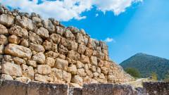 Археолози от САЩ откриха царски погребения в Гърция