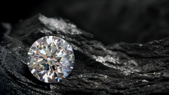 Диамантът на 800 милиона години, в който има друг диамант