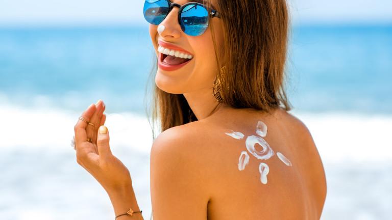 Колко точно слънцезащитен крем да нанасяме