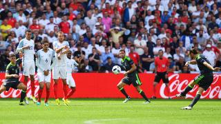 Англия наказа Уелс в края и спечели Битката за Британия!