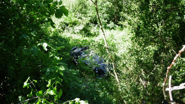 Катастрофа временно затвори пътя Луково-Реброво