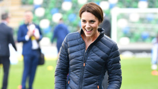 Защо Кейт Мидълтън смени рокли с маратонки и анцуг
