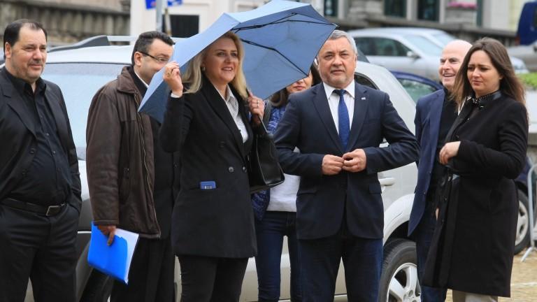 С двама или трима евродепутати Симеонов ще е доволен
