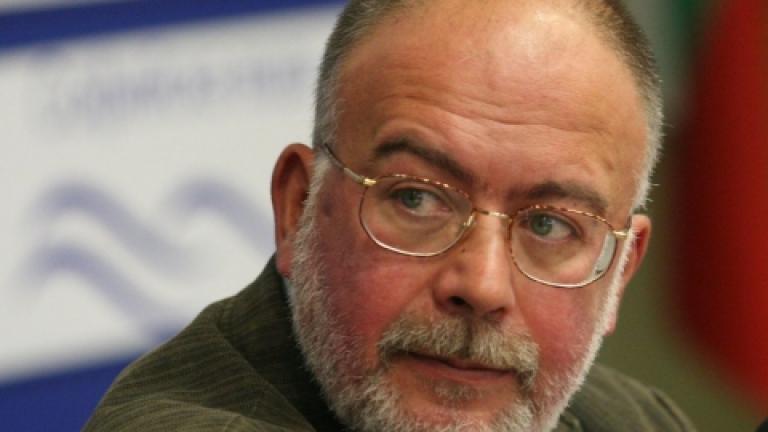 Правителството се самосваля, вижда социологът Кольо Колев