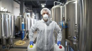 На всеки 15 минути в света умира работник заради излагане на токсини
