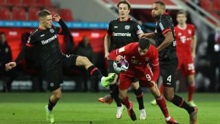 Байер (Леверкузен) - Байерн (Мюнхен) 1:2, втори гол на Левандовски