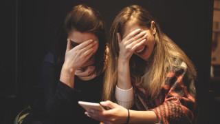 YouTube забранява и блокира опасни и вредни онлайн шеги