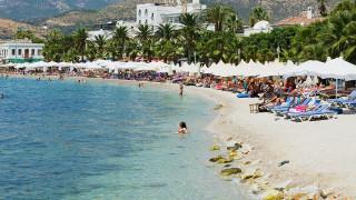 Сериозен спад на британците, избиращи страни от ЕС за почивка