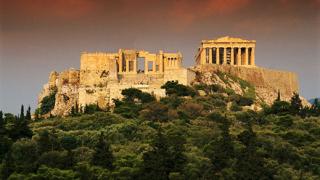 Гърция на тъмно заради стачка на синдикатите