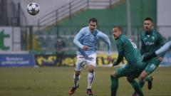 Славия отпитва да отмъкне халфа на Дунав (Русе) Васил Шопов