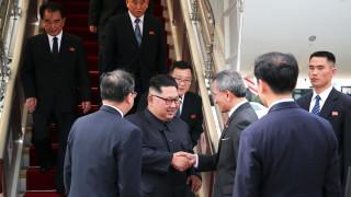Ким Чен-ун пристигна в Сингапур