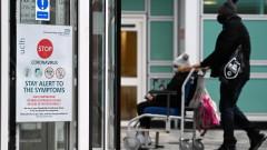 Почти 30% от пациентите с коронавирус в Англия са приети повторно в болница