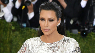 Арестуваха 16 заподозрени за обира на Ким Кардашиан в Париж