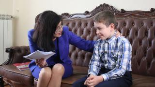 Кунева променя ученическия бележник след писмо от второкласник