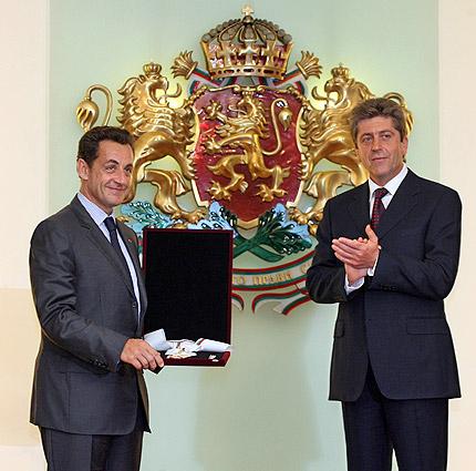 Саркози: Франция иска да ви защитава