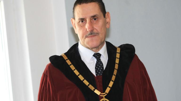 Конституционните съдии ще тълкуват дело за Царска Бистрица