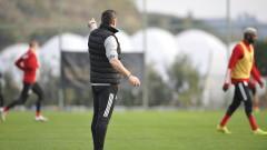Акрапович пуска два различни състава срещу Стал