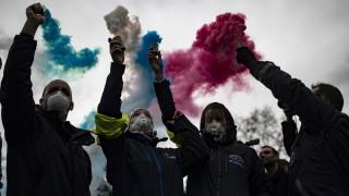 Франция отменя увеличението на данъка за горивата за шест месеца