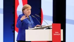 Меркел подкрепя търговски преговори със САЩ