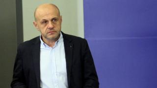 Няма място за битка между институциите, отсече Томислав Дончев