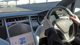 Какво носи най-големият до момента ъпдейт на Tesla
