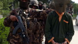Афганистан освобождава 100 талибани от затворите