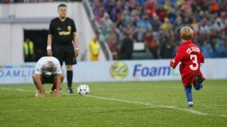 ФИФА не забрави Трифон Иванов и Йохан Кройф