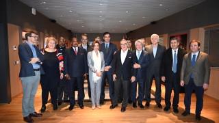 Американците още са тук, обяви Нанси Пелоси на конференцията за климата в Мадрид