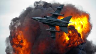 35 убити при въздушни удари в Източна Сирия