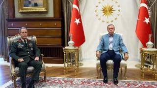 Продължават арестите на войници за нападението над хотела на Ердоган в Мармарис