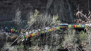 Скала падна върху влак в северна Италия