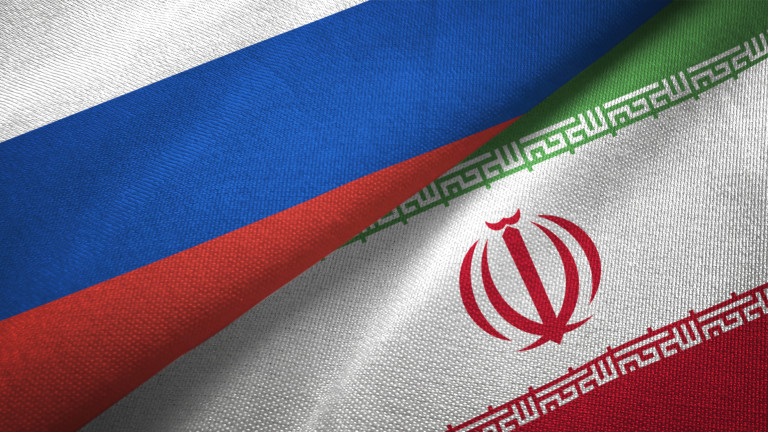 Иран и Русия подготвят съвместни учения в Ормузкия проток