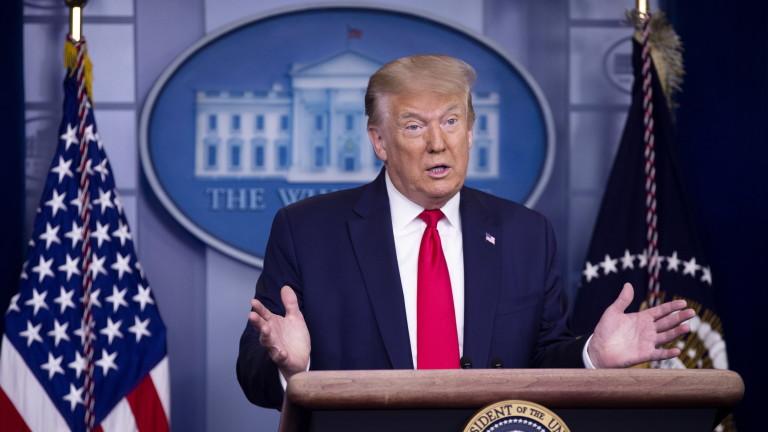 Тръмп се похвали с броя тестове в САЩ след рекордните 50 000 случая