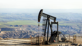 Петролът поскъпна с надежда за намаляване на добива