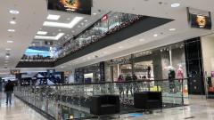 Пускат децата в мола, но не и на училище - в Стара Загора