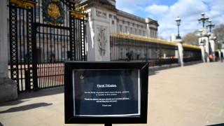 Мъж с брадва е задържан в центъра на Лондон