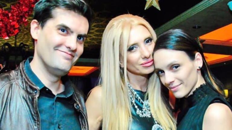 Три актриси кумуват на Луиза и Мартин