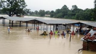Наводнения и свлачища взеха над 100 жертви в Непал
