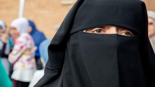Холандия одобри частична забрана на бурките